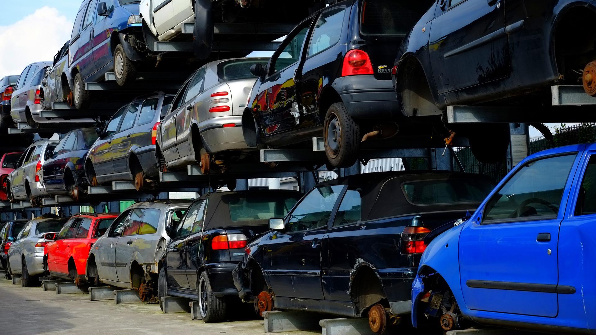 Gestione impianti di demolizione autoveicoli